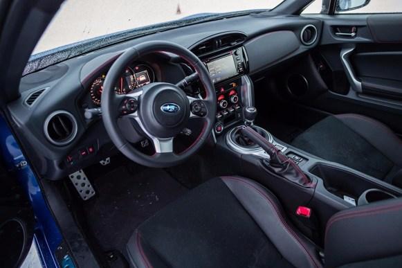 Subaru BRZ 2017: Retoques quirúrgicos y mecánicos para el coupé de propulsión trasera