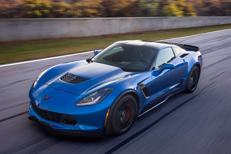 El Corvette C8 irá a por todas: motor central y 800 caballos de potencia
