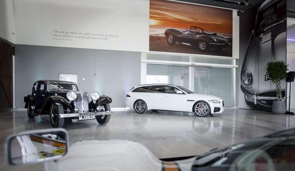 espectacular-asi-es-el-nuevo-talleres-de-clasicos-de-jaguar-land-rover-bautizado-como-classic-works-38