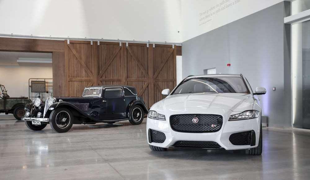 espectacular-asi-es-el-nuevo-talleres-de-clasicos-de-jaguar-land-rover-bautizado-como-classic-works-40