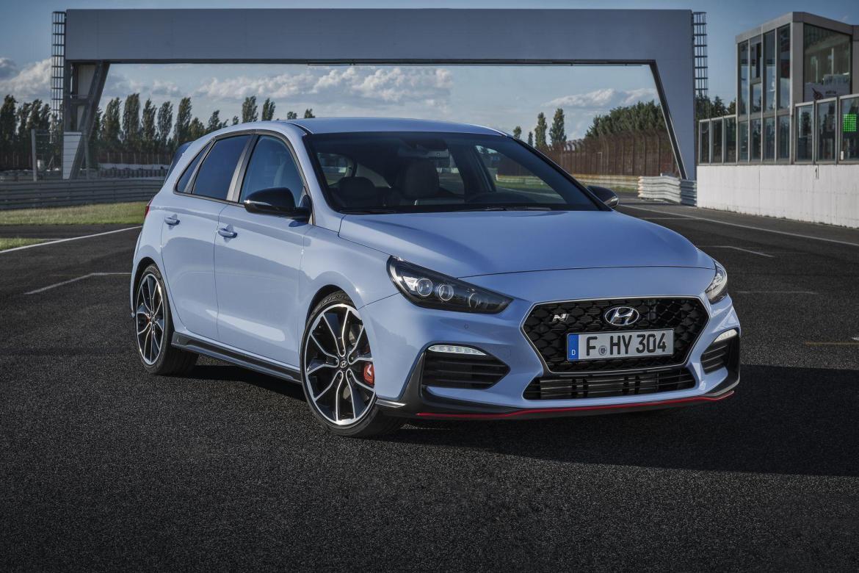 Hyundai anuncia tres modelos eléctricos, uno será el Kona EV