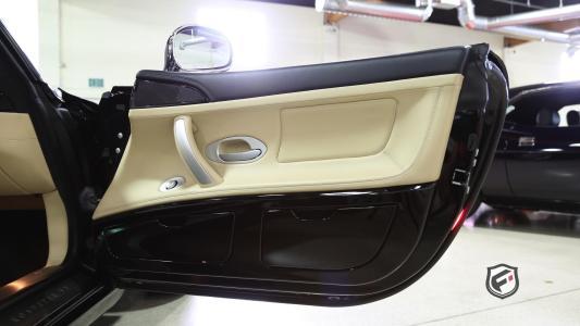 ¿Quieres un rarísimo BMW Z8 Alpina? Ahora puedes hacerte con uno, date prisa antes de que sigan subiendo más de precio...