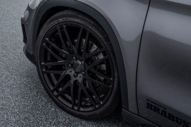 Tu Mercedes GLA 220 CDI recorta distancias estéticas con el GLA45 AMG gracias a BRABUS