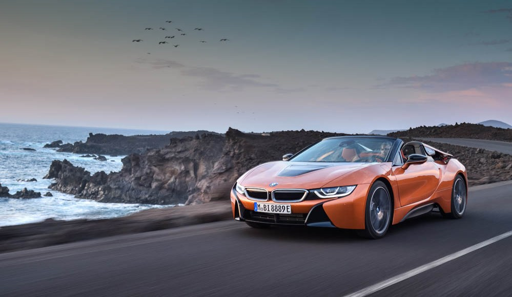 bmw-i8-roadster-ya-es-oficial-la-version-sin-techo-y-viene-con-mas-potencia-01