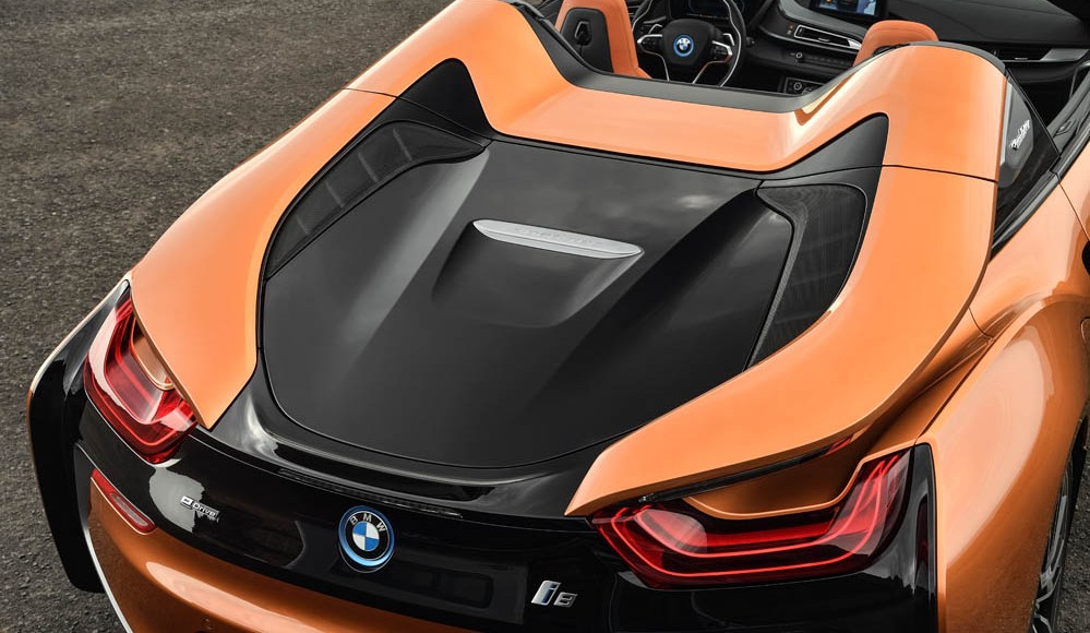bmw-i8-roadster-ya-es-oficial-la-version-sin-techo-y-viene-con-mas-potencia-09