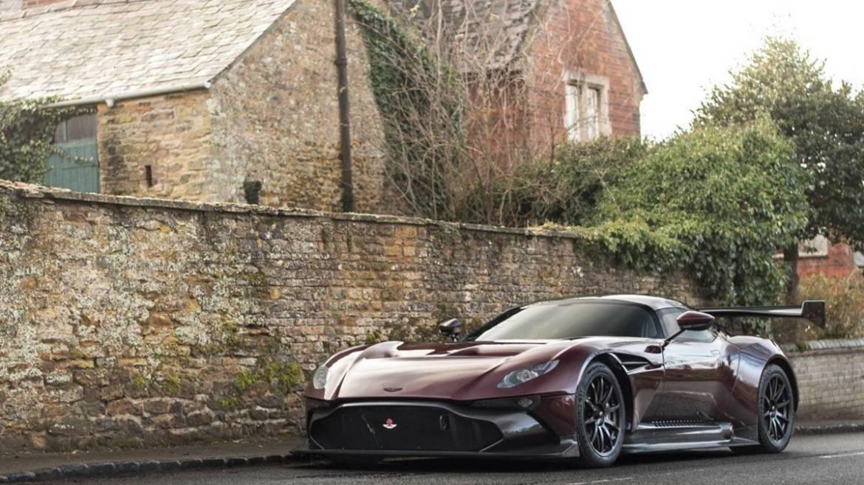 Aston Martin apostará por dos deportivos de motor central