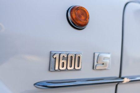 Este espectacular Alpine A110 1600 S de competición puede ser tuyo