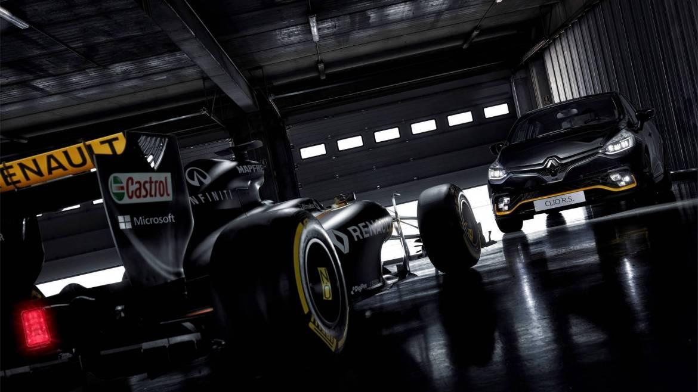 Renault Clio R.S. 18: Con los colores de Fórmula 1 y escape Akrapovic