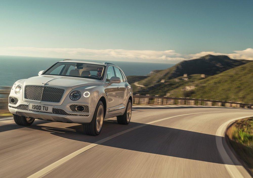 Bentley podría tener a punto el Bentayga Speed: más de 650 caballos