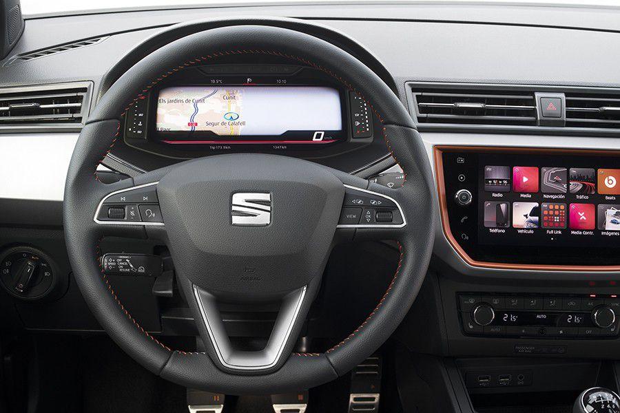 El Digital Cockpit llega también a los SEAT Arona e Ibiza