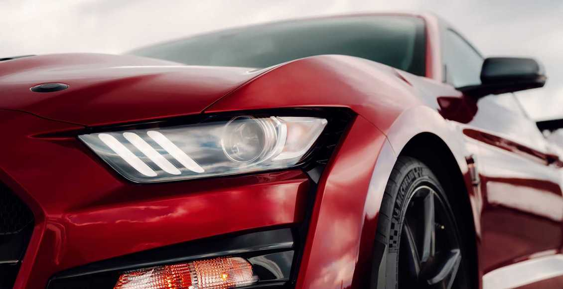 750-cv-fibra-de-carbono-y-un-aspecto-brutal-para-el-ford-mustang-gt500-2020-65