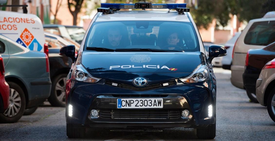 Toyota-Prius-Policía-Nacional-7