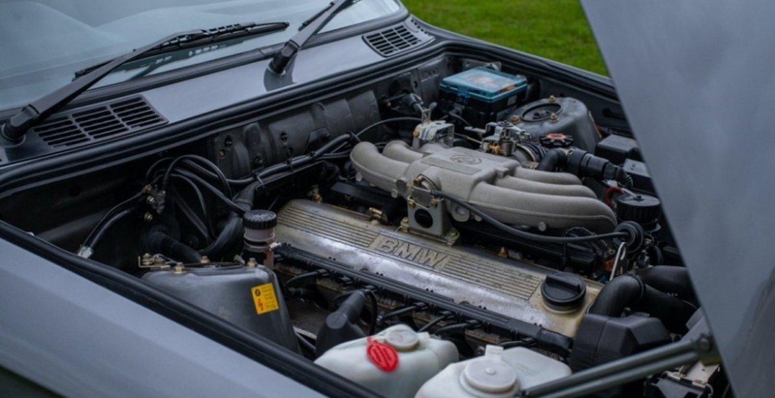 BMW-E30-325I-Sport-22