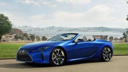 Lexus LC 500 Cabrio: Escuchar su V8 de 5 litros atmosférico con 477 CV te llevará a otra dimensión