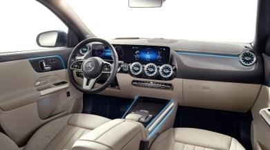 Mercedes GLA 2020: Más alto y tecnológico que nunca