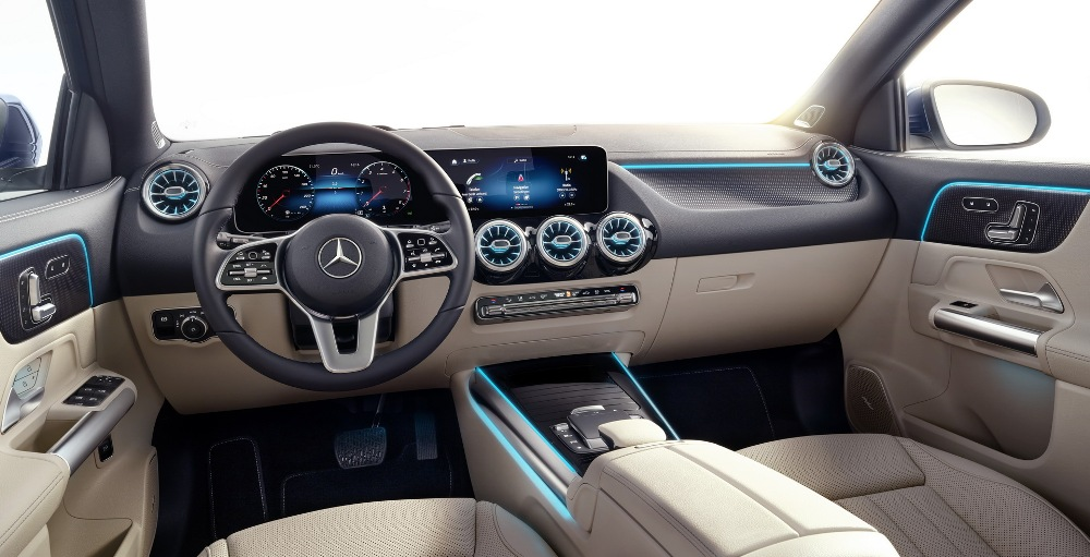 Mercedes-GLA-2020-19