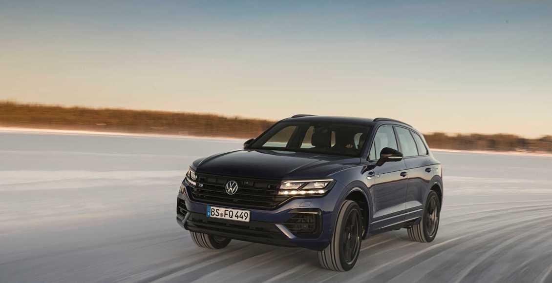 Volkswagen-Touareg-R-PHEV-2020-14