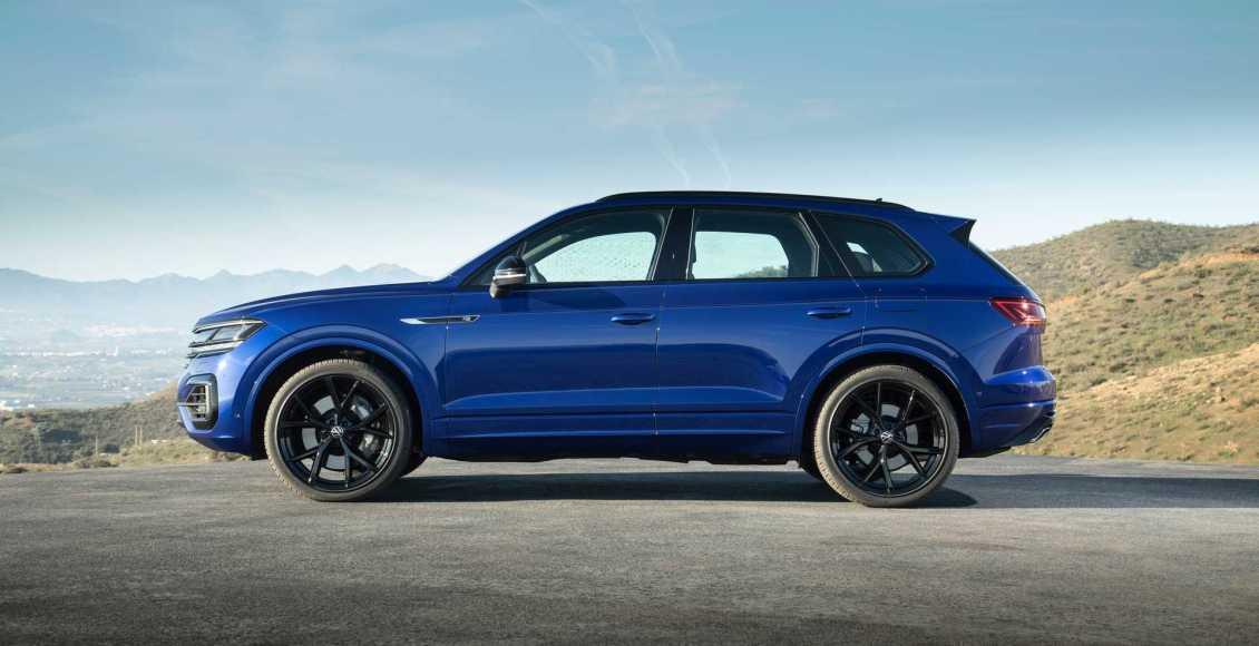 Volkswagen-Touareg-R-PHEV-2020-28