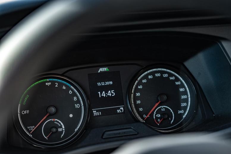 ABT e-Transporter 6.1: 100% eléctrica, pero tan sólo capaz de recorrer hasta 138 kilómetros