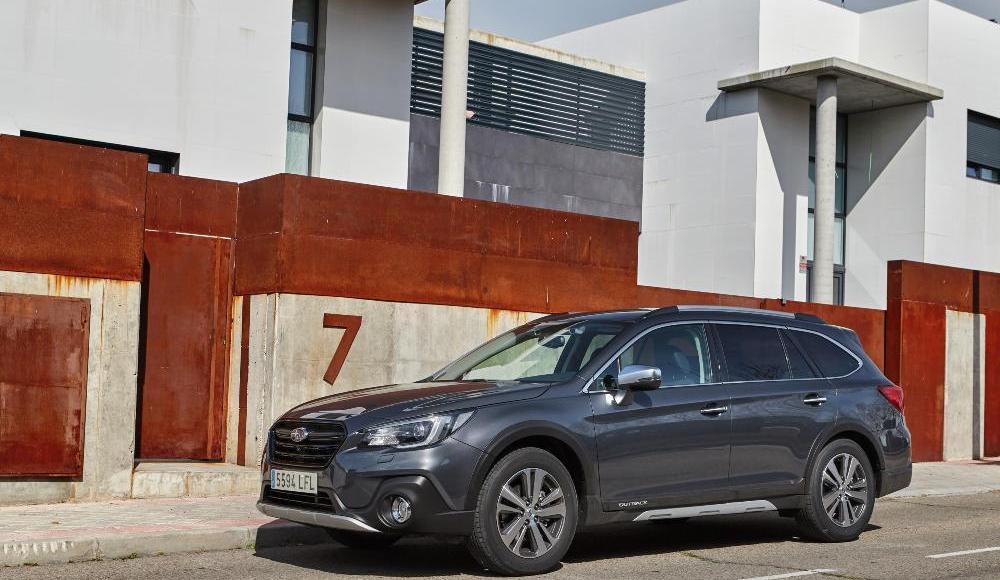 Subaru-Outback-Silver-Edition-8
