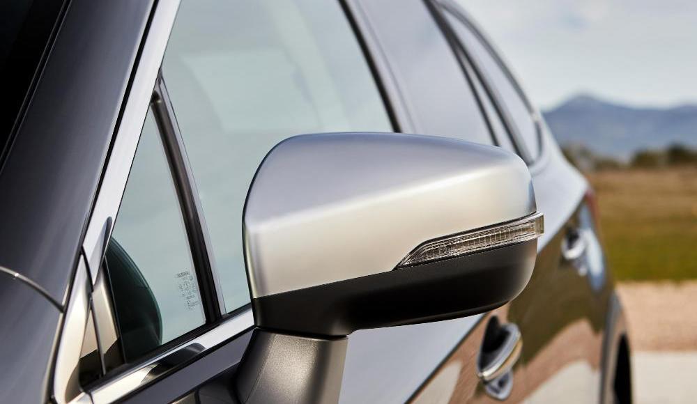 Subaru-Outback-Silver-Edition-10