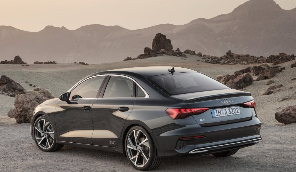 Audi-A3-Sedán-2020-14