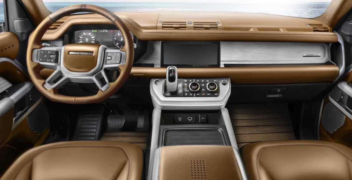 carlex-design-land-rover-defender-yachting-edition-gold-dashboard