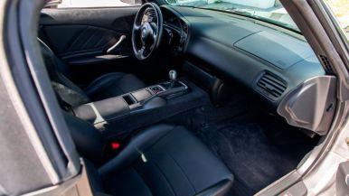 ¿Cuánto pagarías por este Honda S2000 con sólo 55 kilómetros?