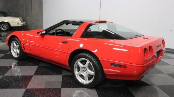 Este Chevrolet Corvette ZR1 de 1995 sólo tiene 43 kilómetros y está a la venta