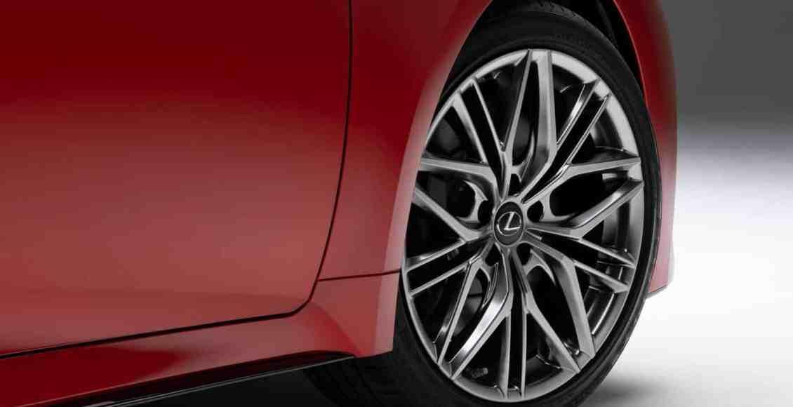 Lexus-IS-500-F-SPORT-Performance-9
