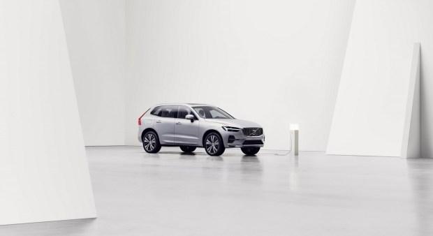 El Volvo XC60 2021 recibe un sistema de infoentretenimiento basado en Android y más cambios