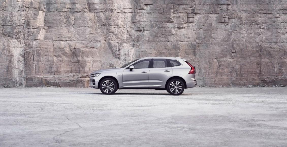 Volvo-XC60-2022-17