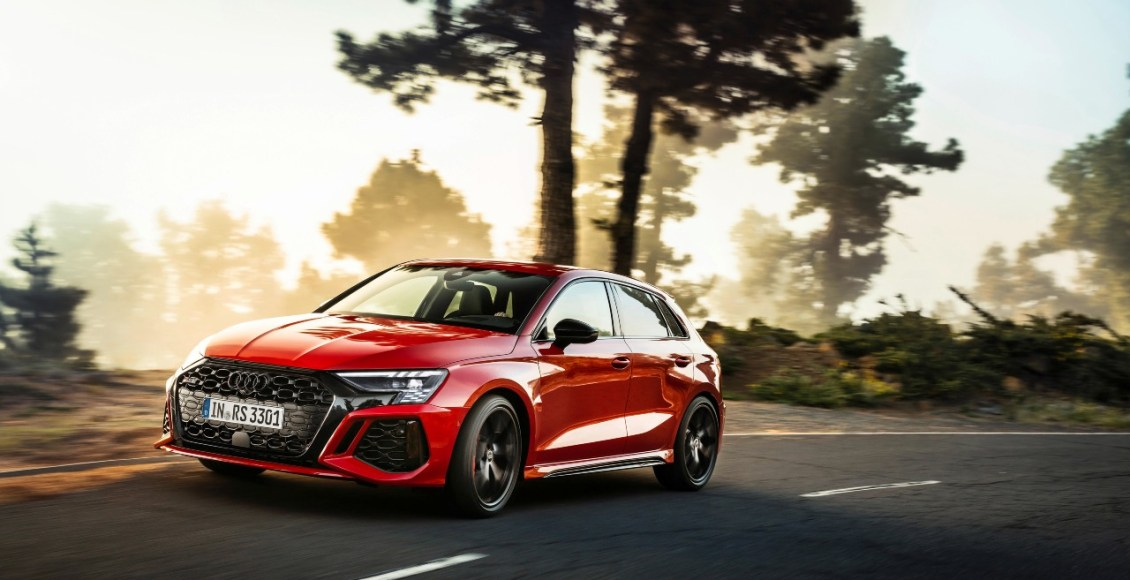Audi-RS3-2021-4