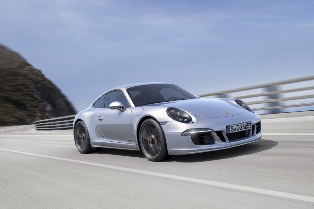 PORSCHE 911- CARRERA 4 GTS (4)