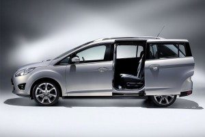 Ford CMax7-003