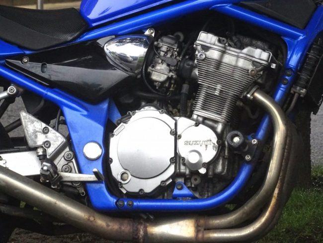 suzuki-motorcycle-engine