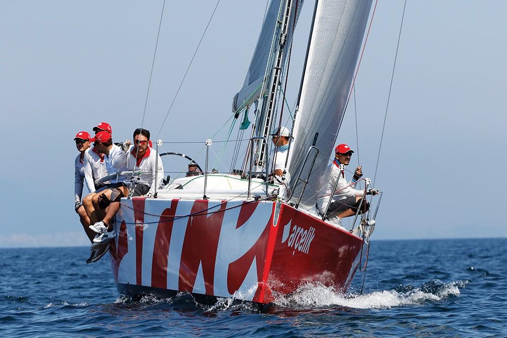 Arçelik Yelken Takımı yarışta