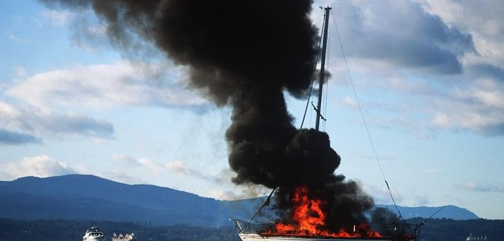 Teknede yangın var!!!