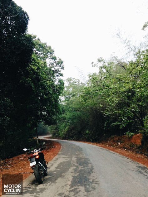 curves-roads-slick-wet-ktm-200