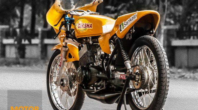 9 Photos – Yamaha RD 350 Drag Bike