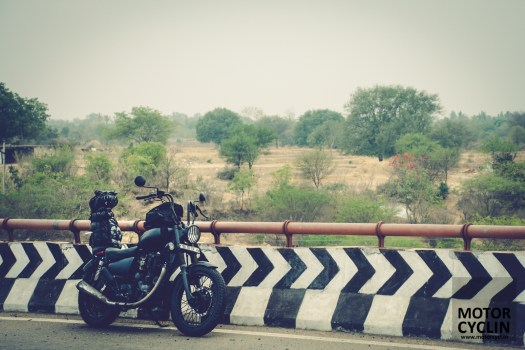 On the road comfort of a Royal Enfield Bobber