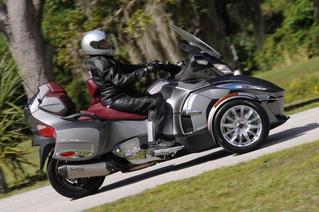 Can-Am has revised the cosmetics of the new Spyder RT, giving it a slightly flatter and narrow look.