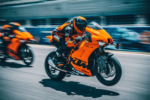 2022 KTM RC 8C track bike