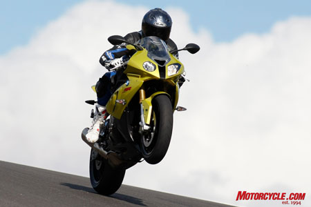 With the most powerful engine in its class, this is a pose the S1000RR frequently makes.