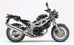 SV650 sans fuel tank cover and seat. Doesn't look much different, does it?