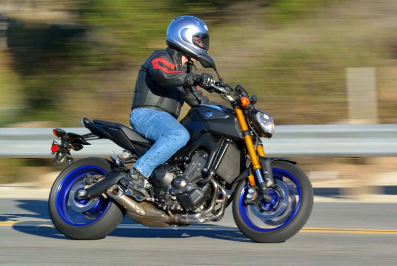 2017 Yamaha Fz 09 Md Ride Review