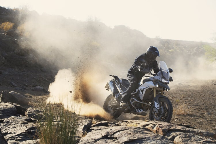 triumph tiger 800 - motorcycle touring for beginners