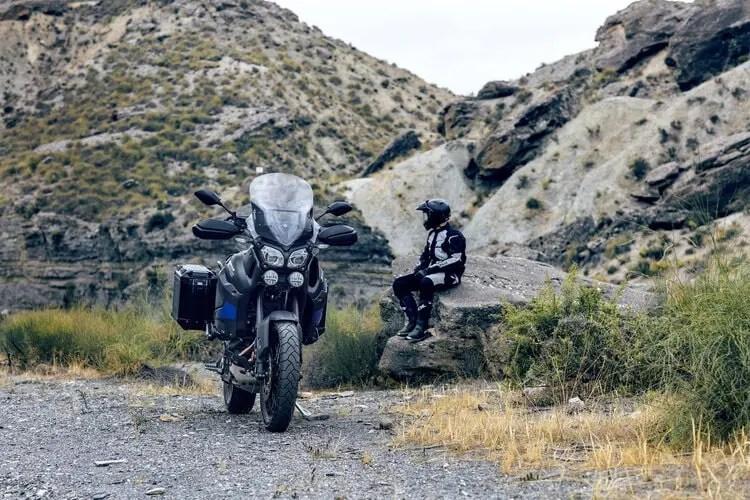 yamaha super tenere and biker off-road