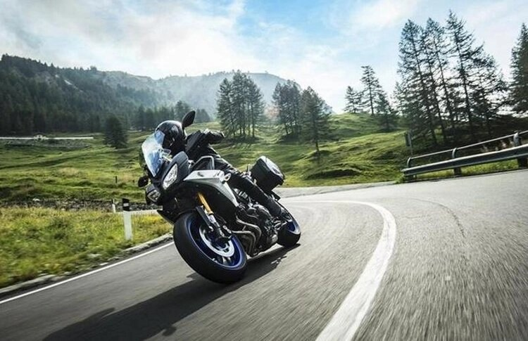 bmw s1000xr on country road