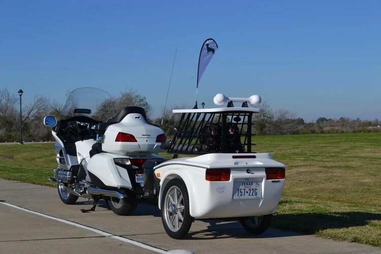 tow-behind trailer for motorcycle and camping